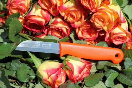 Strip steel knives